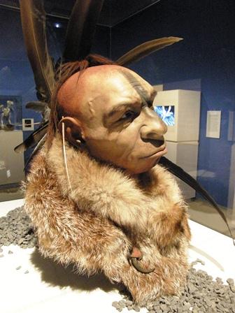 Neandertal sculpture by paleoartist Fabio Fogliazza